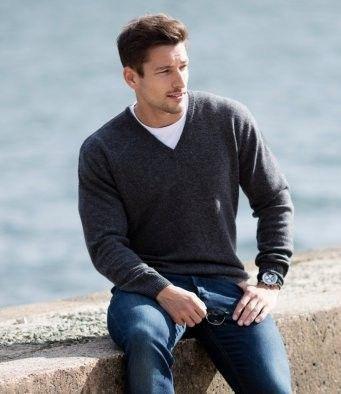 Little Ship V Neck Sweater